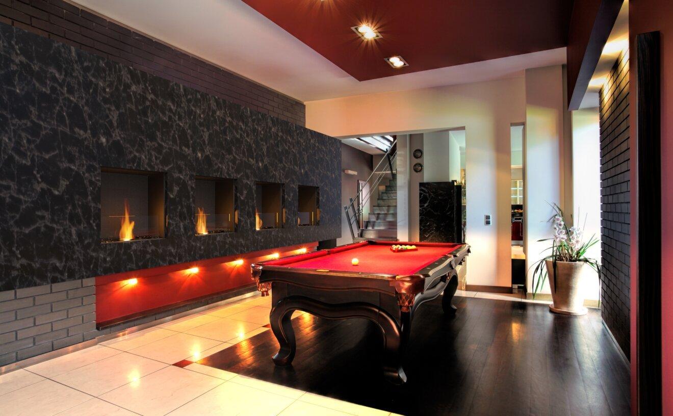 flex-18ss-single-sided-fireplace-insert-fireplace-billiard-room.jpg